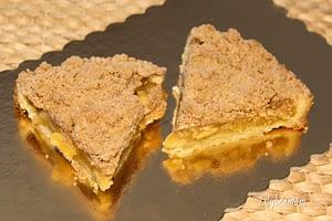 Crostata di mele con crumble alla cannella fette | paninisopraffini.com