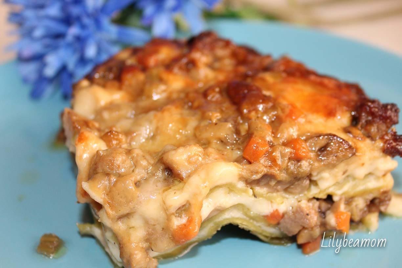 Lasagne salsiccia e funghi | paninisopraffini.com